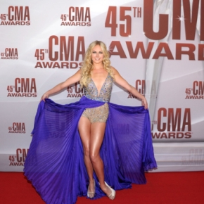 "Loftiss says ""CMA Fashion Hits & Not Even Close…."""