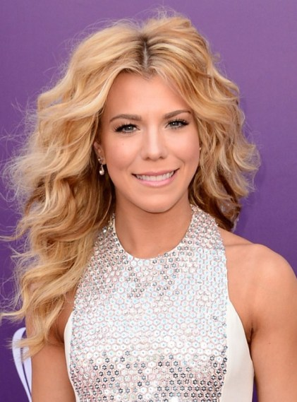 kimberly-perry-acm-awards-2013-01