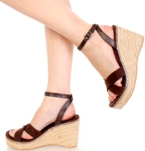 shoes-wedges-arne04browncanpu_31