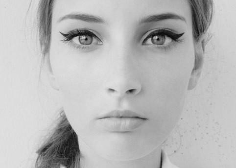 winged-eyeliner1