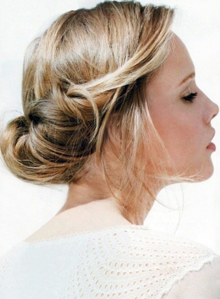Simple-Updo-Hairstyle-for-Prom-Homecoming