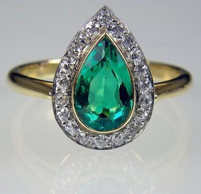 emerald-pear-1331722426