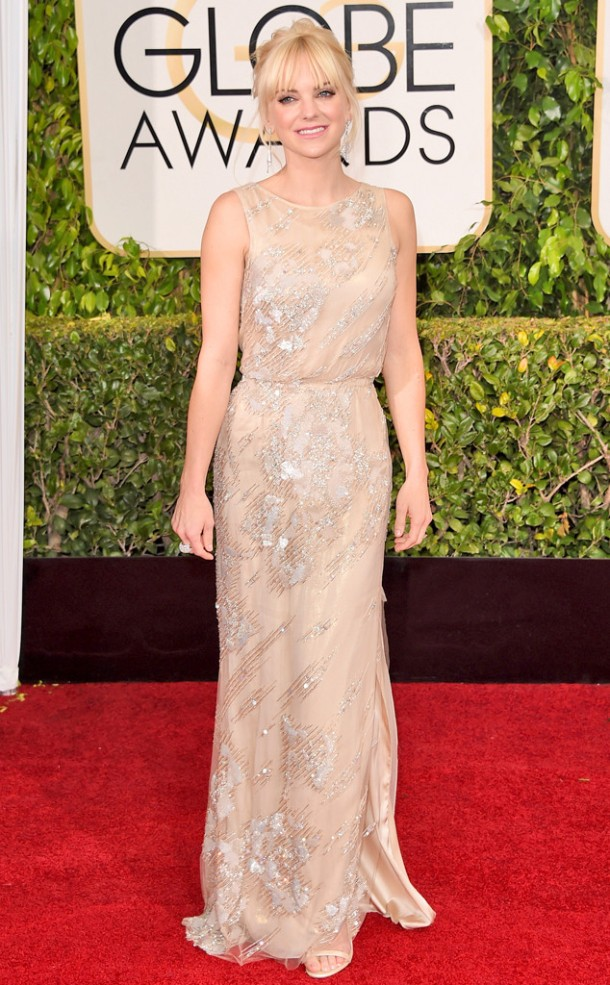 rs_634x1024-150111170856-634.Anna-Faris-Golden-Globes-Red-Carpet-011115
