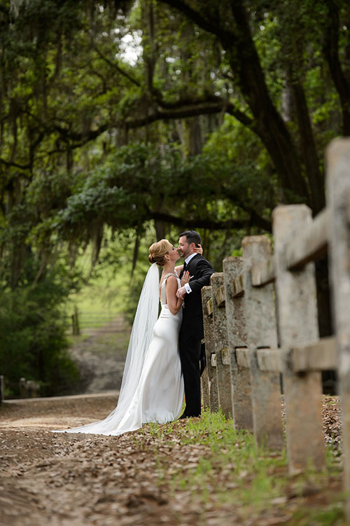 05-Emily-Jay-Georgia-Plantation-Wedding-Deborah-Browne-Photography