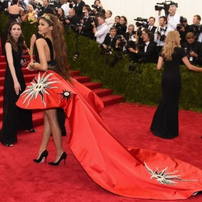 "Loftiss says ""Here's my thoughts on the Met Gala Fashion!"""